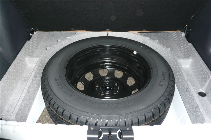 Dacia Duster c Spare Wheel